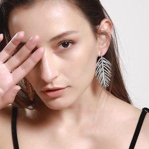 Jewelry - Silver Feather Stud Earrings